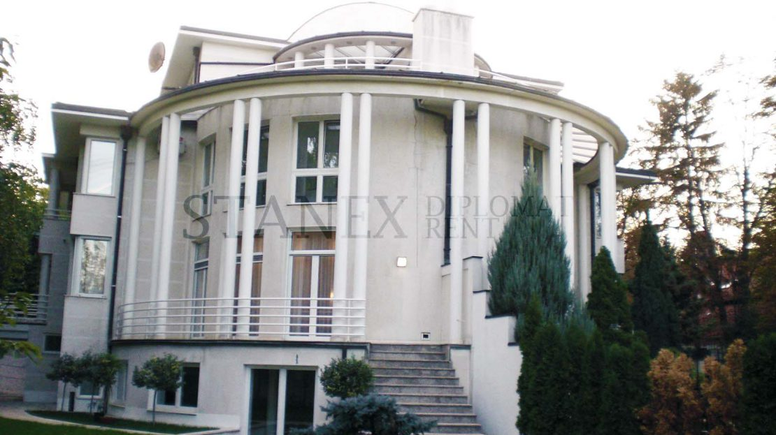 Five bedrooms house Dedinje Belgrade K479