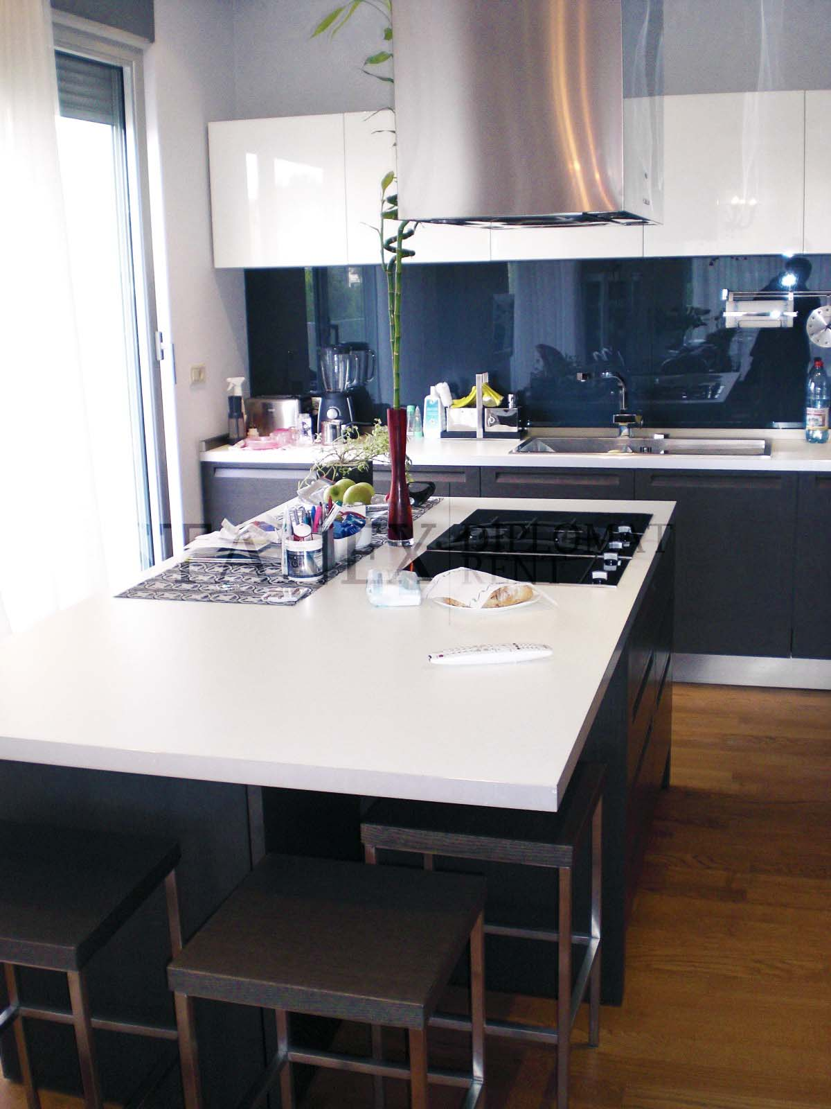 Four bedroom apartment S1633 Dedinje Belgrade