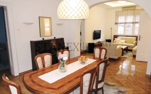 Three bedroom apartment Senjak Belgrade S761