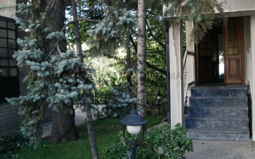 Three bedroom house Belgrade K618