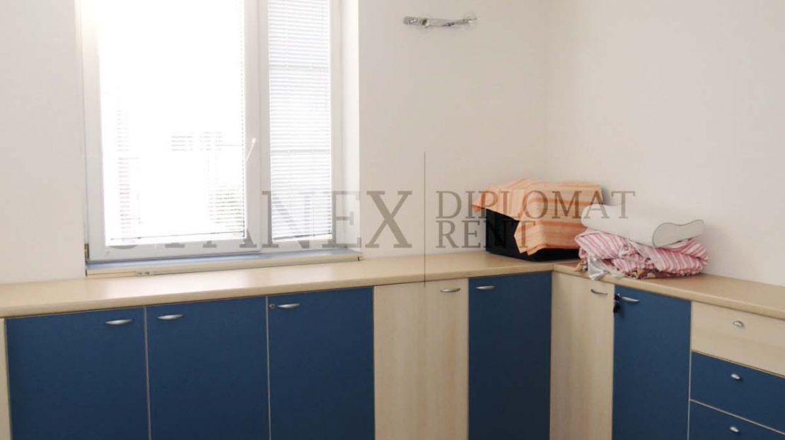 One bedroom apartment Senjak Belgrade S1953